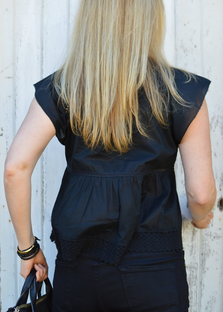 Black outfit-